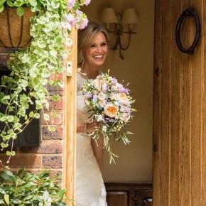 happy bride, wedding bouquet
