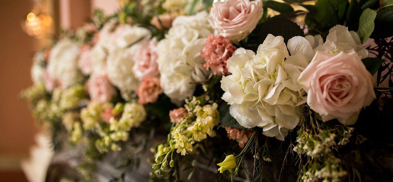 floral venue decorations