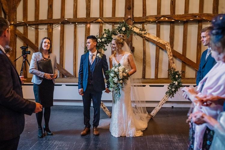 Wedding ceremony the Olde Bell Hurley, Berkshire