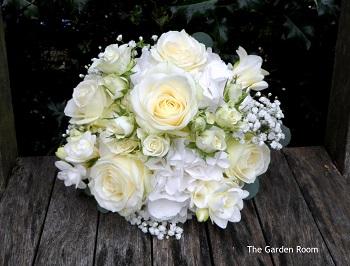2015 bouquets - wedding bouquets Gerrards Cross