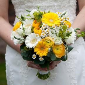 vibrant yellow bouquet