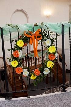 yellow hoop flowers, kings chapel, amersham