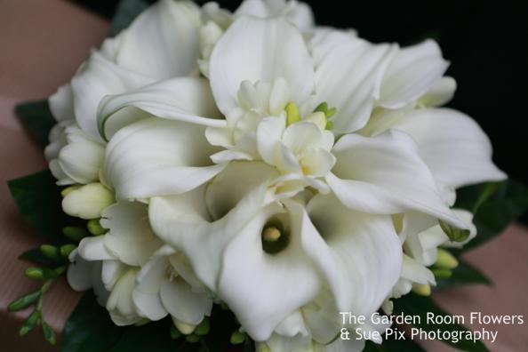 classic wedding flowers buckingham