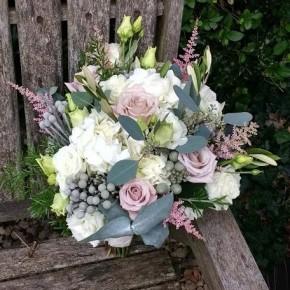 blush roses, bridal bouquet