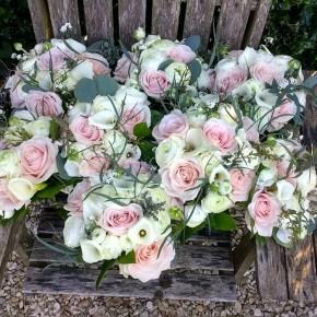 wedding bouquets, bridal party