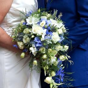 blue and cream, wedding flowers