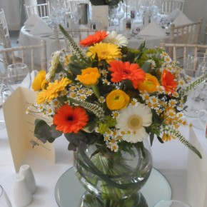 orange table decor