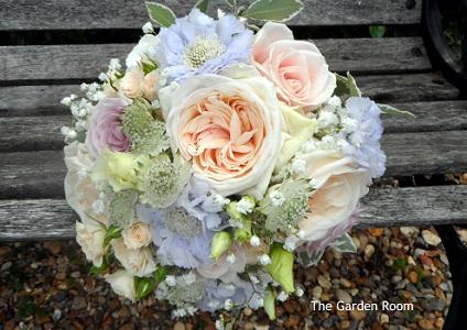 2015 bouquets - wedding bouquets buckinghamshire