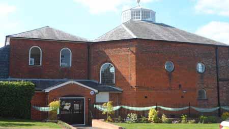 The Kings Chapel - wedding flowers buckingham