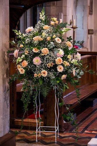 church flowers buckinghamshire - summer country style wedding